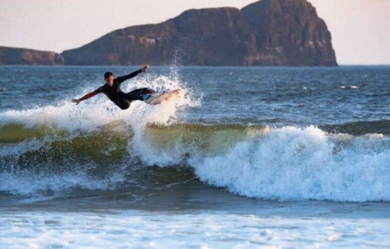 Select Renews Sponsorship Of Welsh Surfing Star